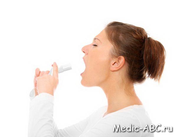 Что делать, если болит горло и отдает в ухо?