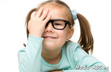 Если у ребенка зрение минус 3