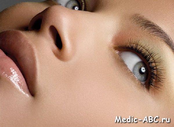 Як позбутися від мішків під очима в домашніх умовах