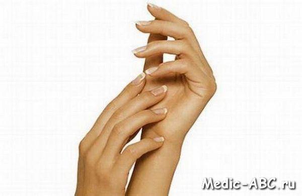 Как избавиться от трещин на пальцах рук?