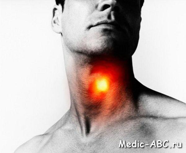 Как связана боль в горле и ухе